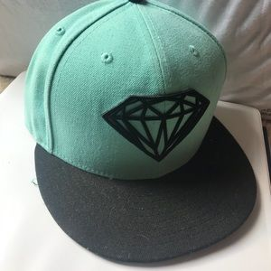 Diamond Supply Co. Accessories - Diamond supply co fitted hat 7 3 8 8aea924042f